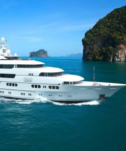 Yacht Tours